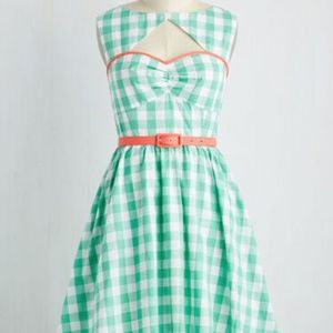Modcloth Cookout on the Town Gingham Dress w/ Belt